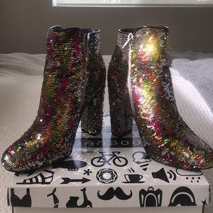 🌈 [Bamboo] Color-Changing Sequin Ankle Boots